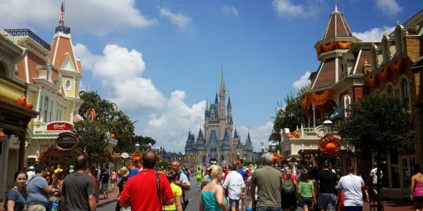 Disney World Workers And Tourists Reveal Their Most Interesting Disney World Secrets