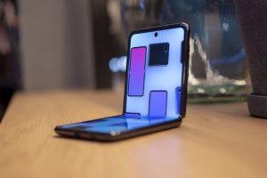How The Samsung Galaxy Z Flip Revolutionizes The Smartphone
